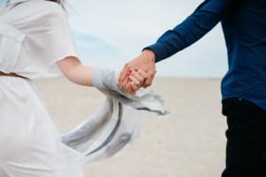 unsplash couple hands